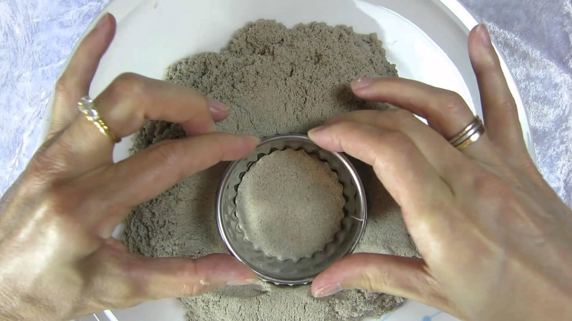 ASMR: Kinetic Sand #3 – Crunching Sounds – Making Shapes